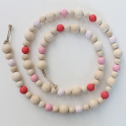 Guirlande en perles de bois Framboise